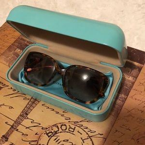 TIFFANY SUNGLASSES AUTHENIC